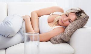 Тошнота, кружится голова и слабость — причина состояния и его лечение