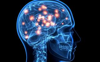 Какая симптоматика характерна для токсической энцефалопатии, и какие основные способы ее лечения