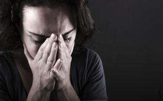 Почему может развиться депрессия у женщин, как ее выявить и лечить