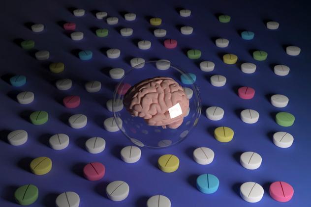 мозг в шарике и таблетки