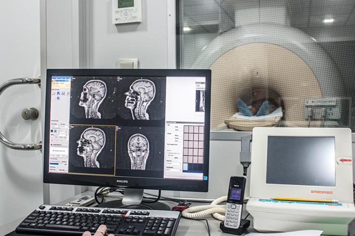 Вредно ли МРТ для здоровья человека — Воздействие МРТ на головной мозг и позвоночник, магнитная томография