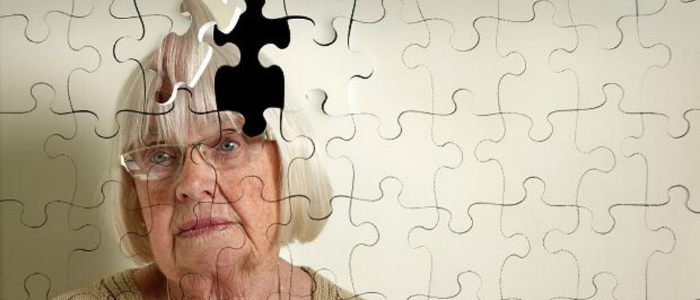 фото пожилой женщины из пазлов