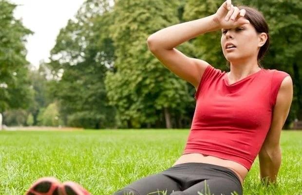 головная боль после пробежки у девушки