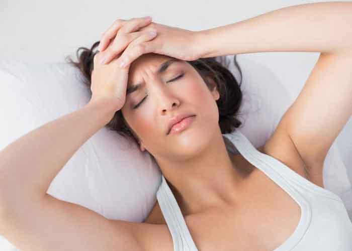головная боль после анестезии у девушки